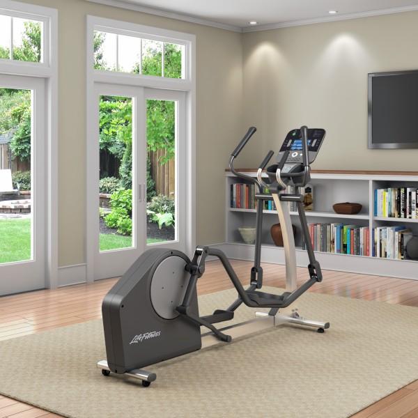 life fitness crosstrainer x1 track plus kaufen mit 31 kundenbewertungen sport tiedje. Black Bedroom Furniture Sets. Home Design Ideas