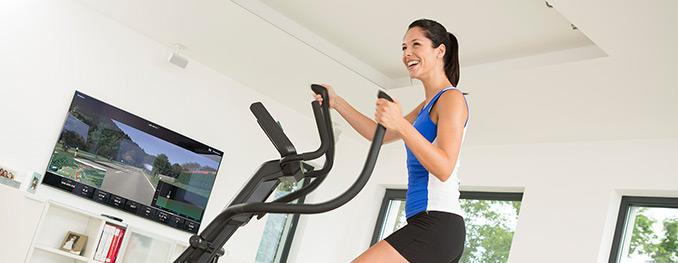 warum crosstrainer training zu hause sch ner ist sport tiedje. Black Bedroom Furniture Sets. Home Design Ideas