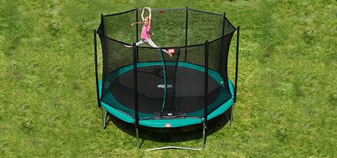 Figure: Un plaisir de saut sans fin pour toute la famille