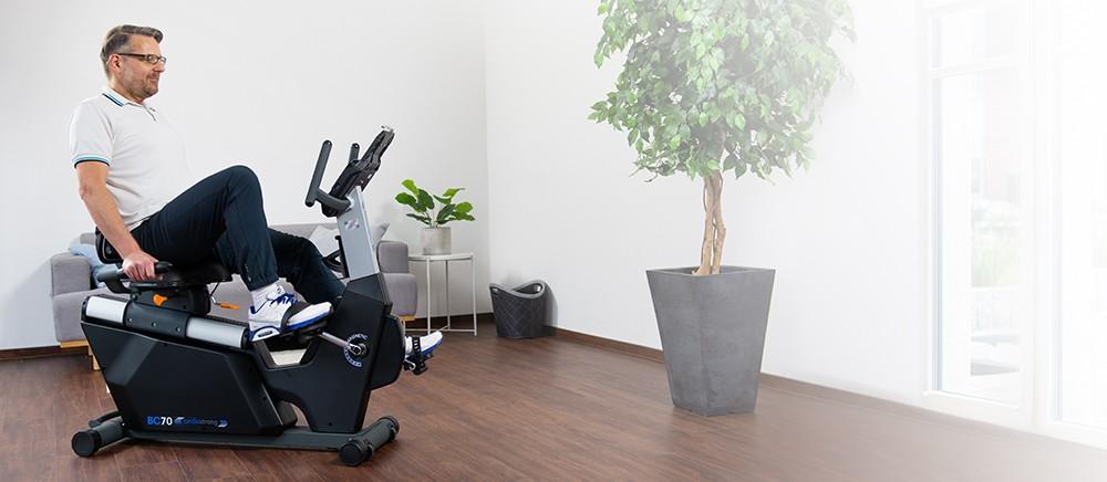 cardiostrong recumbent exercise bike BC70