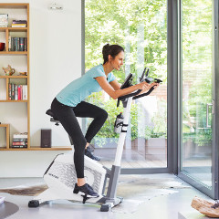 Exercise bikes are fitness machines for home training