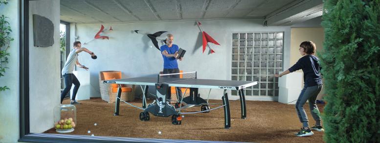 Outdoor-Tischtennisplatte für die Garage